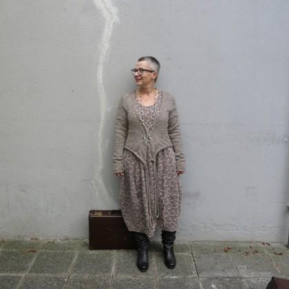 Kleid Lotta....mit kleiner Strickjacke , Kofferfundstück